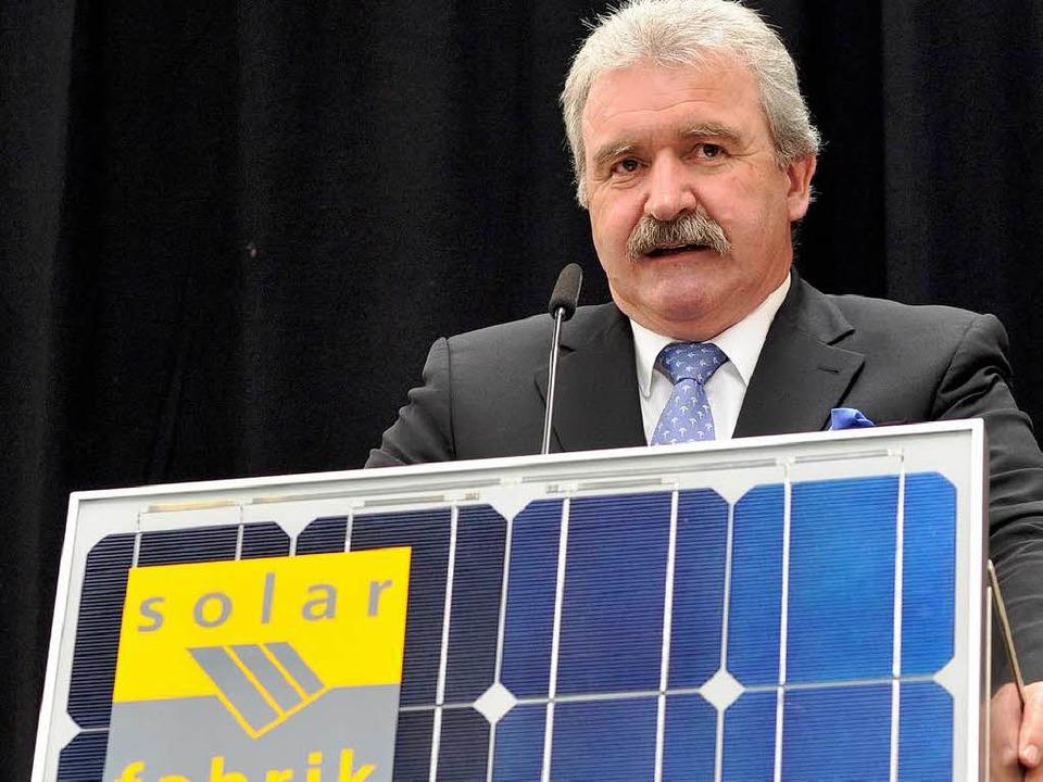 Georg Salvamoser im März 2009 bei der ...r  Solarpionier in Freiburg gestorben.  | Foto: Ingo Schneider