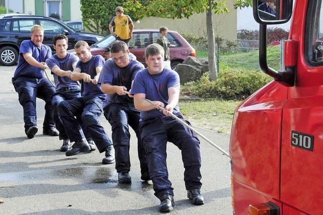Ichenheimer Feuerwehr gewinnt Gaudi-Wettkampf