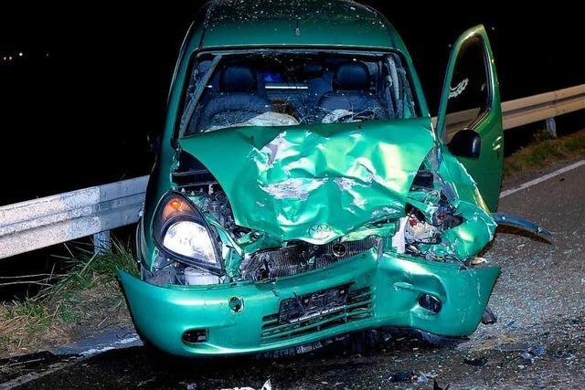 Beifahrerin in Mahlberg lebensgefährlich verletzt