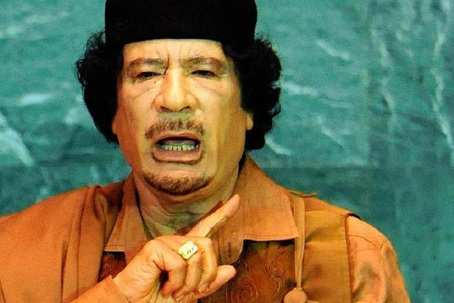 Gaddafi verspricht Freilassung der festgesetzten Schweizer