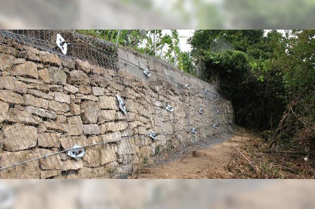 Trockenmauer steht wieder