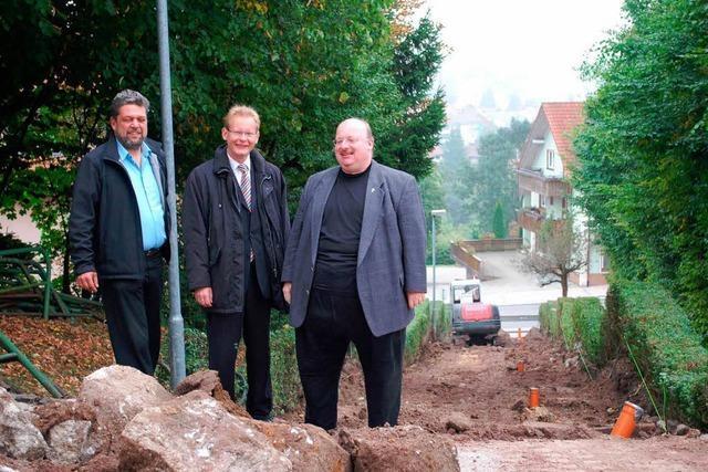 Kirchentreppe bald wieder begehbar