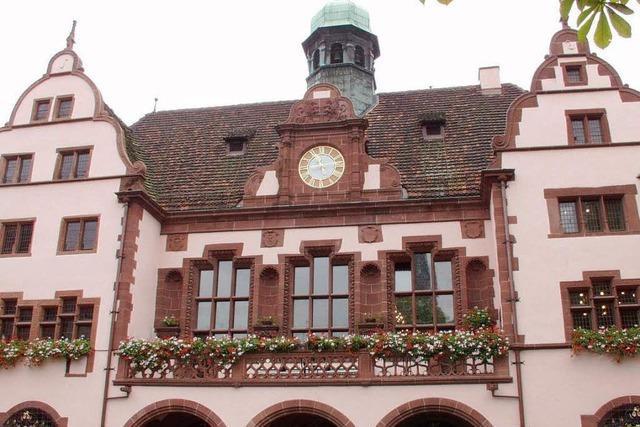 Freiburger Gemeinderat will mehr Geld