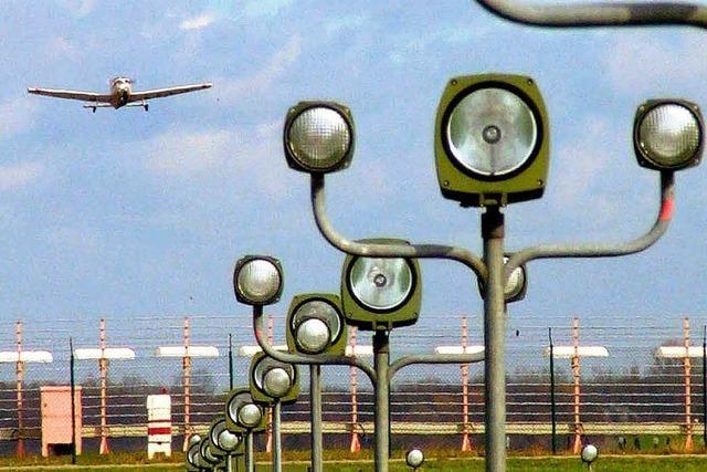 Wird Lahr doch noch Zollflugplatz?