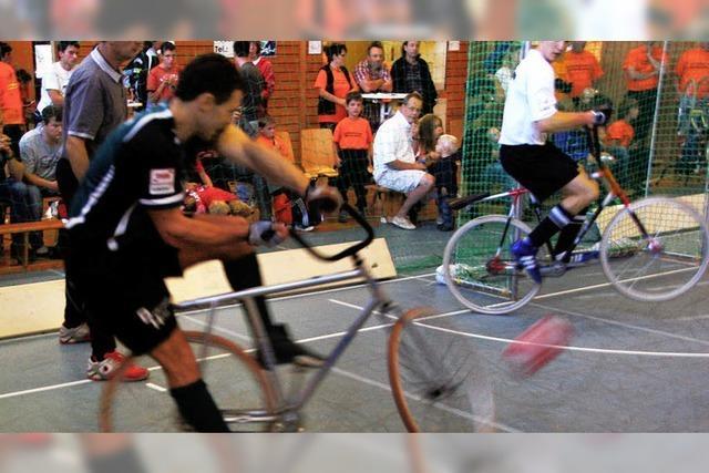 Artistik und Kampf auf zwei Rädern