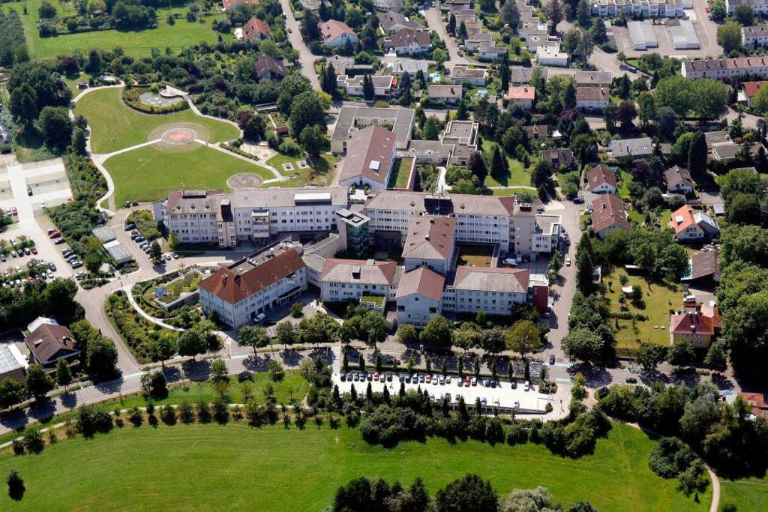 Die Sankt-Josefsklinik in Offenburg.  | Foto: heck
