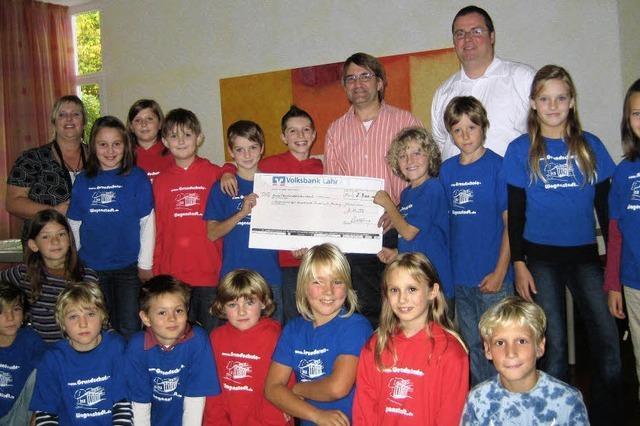 Schüler spenden für krebskranke Kinder