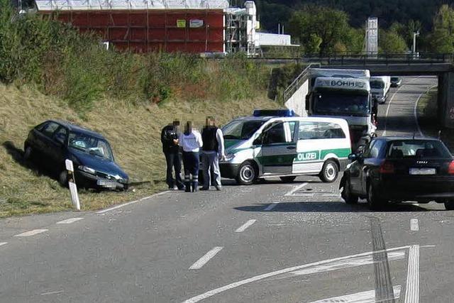 70-Jähriger stirbt bei Autounfall