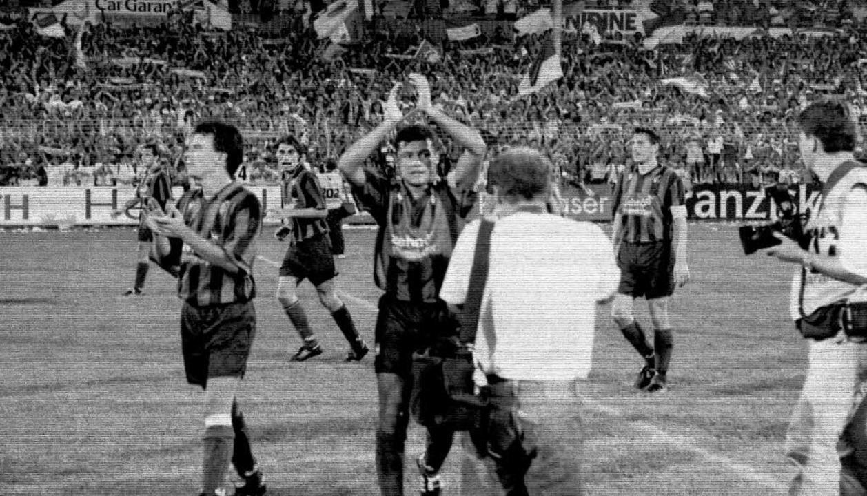 Maxi Heidenreich, Rodolfo Esteban Card...n Braun feiern das 5:1 im August 1994.    Foto: m schön