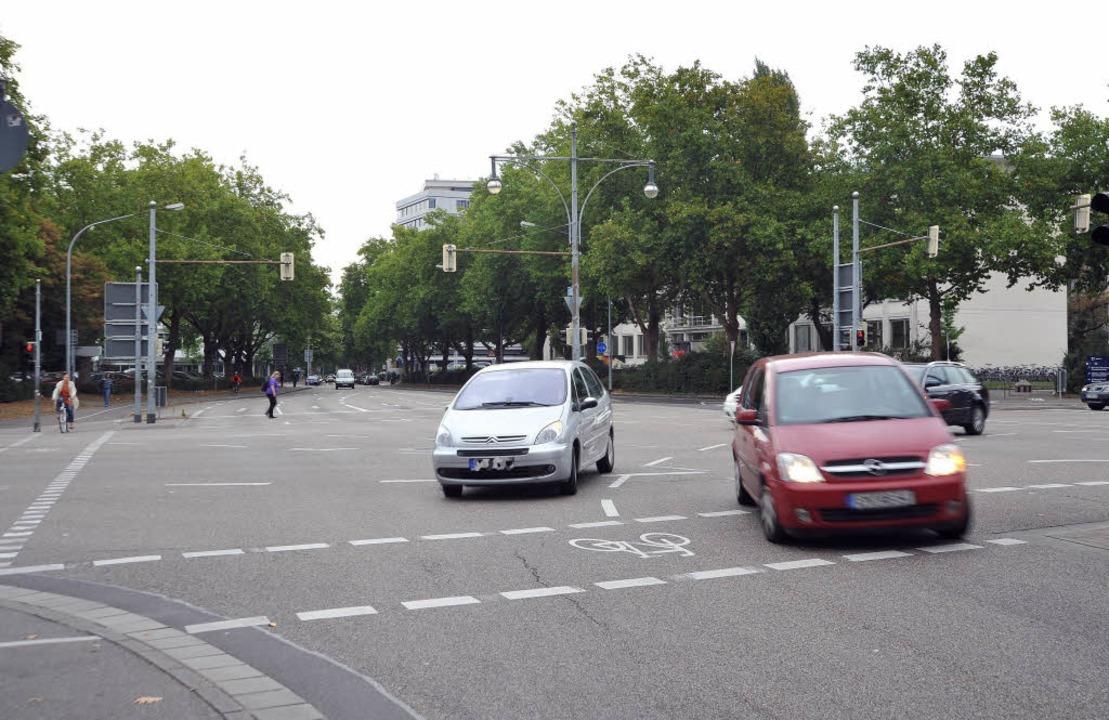 Der Blick von der Bismarckallee in die...-Straße sieht heute ganz anders  aus.     Foto: Michael Bamberger