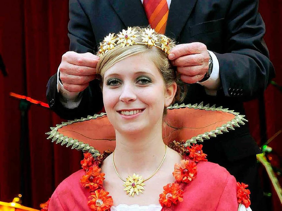 Chrysanthemenkönigin Marion I. nach ihrer Krönung.  | Foto: Wolfgang Künstle