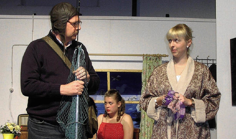 Ein spannendes Kriminalstück des Theat...eitag die Theatersaison in Hüfingen.      Foto: Lendle