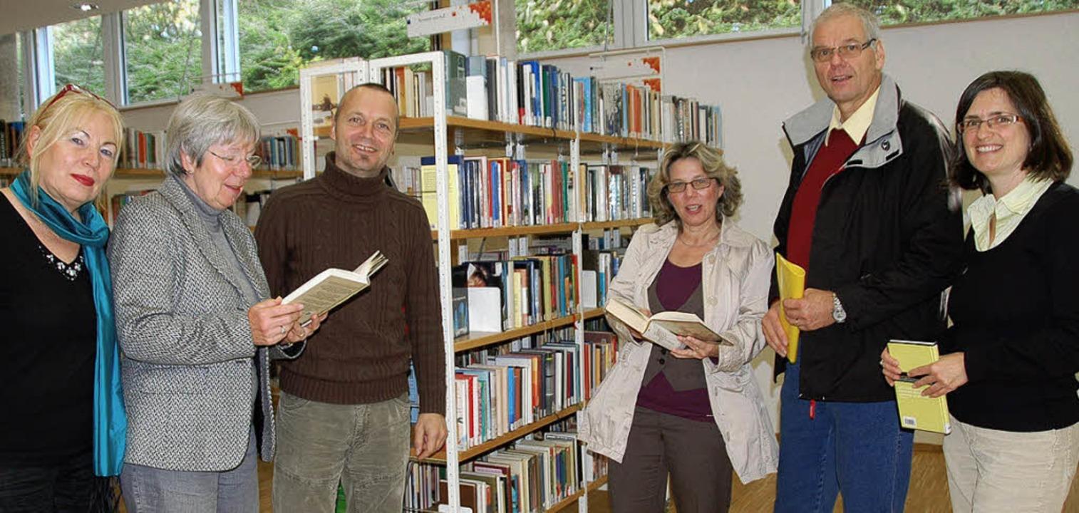 Kinder zum Lesen führen: Gisela Patzne...eiterin Petra Zirlewagen (von links).   | Foto: Sigrid Umiger