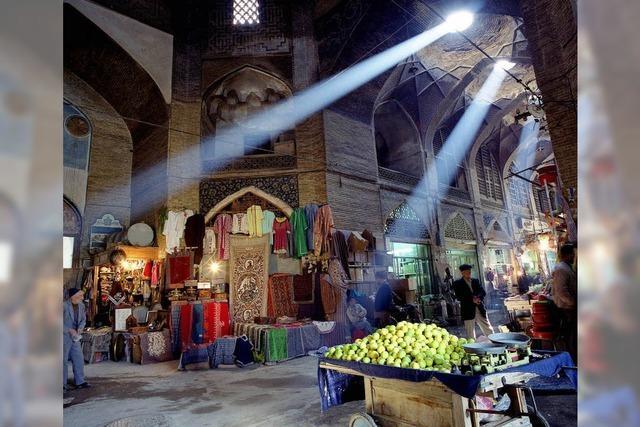 Menschen in Iran: Im Schatten des Boykotts