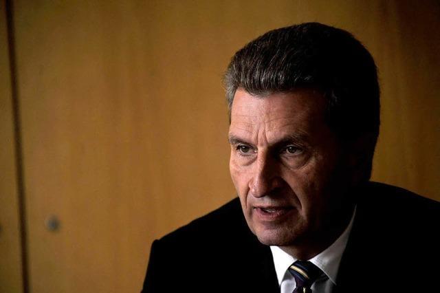 Brüsseler Blitzen: Oettinger sorgt für Überraschung