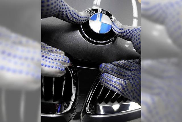 BMW koppelt Löhne von Managern und Arbeitern