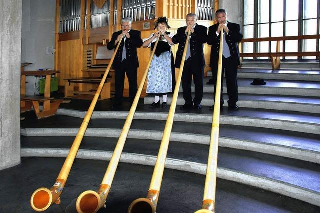 Orgelmusik, Alphörner und Gesang