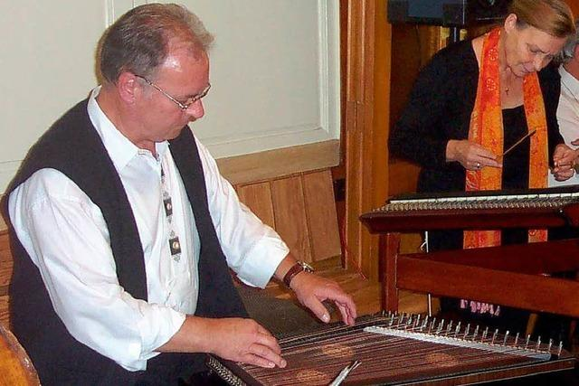 Volles Haus für Hölzlebrucker Stubenmusik