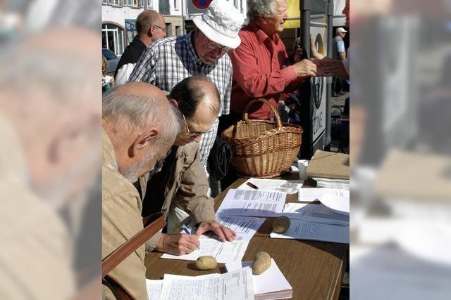 Unterschriften gegen Sperrung