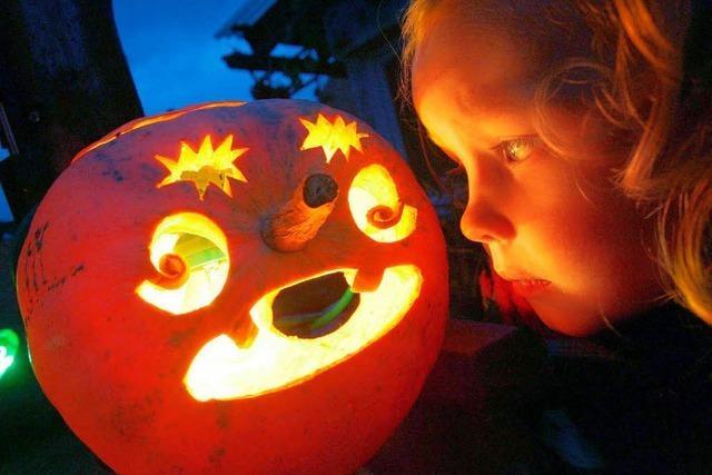 Video: Halloween-Kürbis – so macht's der Profi