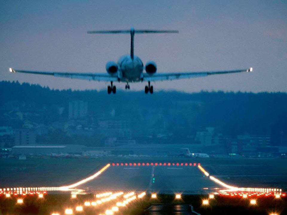 Flugzeug im Landeanflug auf Zürich.  | Foto: Martin Ruetschi