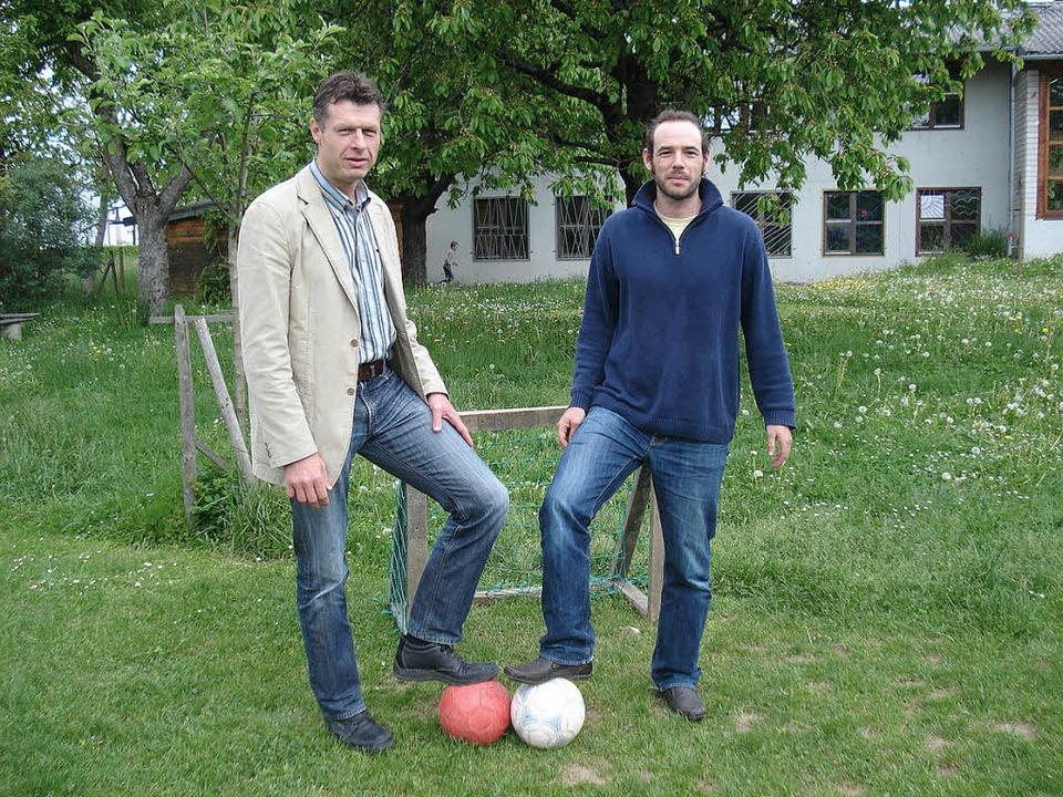 Kicken verbindet – Joachim Sproß...en hinter dem Projekt Bolzplatzliga.    | Foto: Sabine Ehrentreich