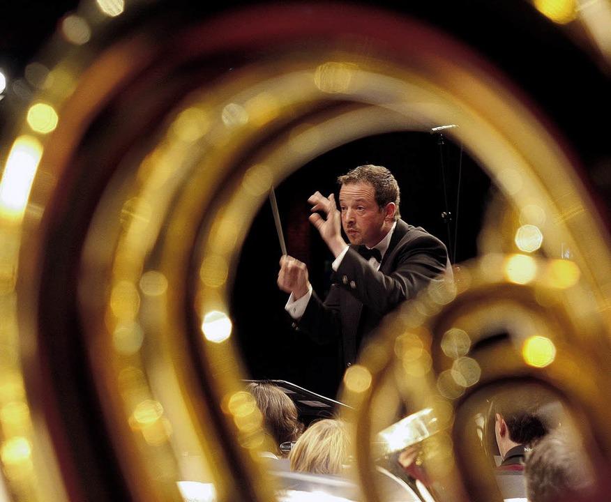 Axel Berger dirigiert am 5. Dezember das Gala-Konzert.     Foto: Peter Heck