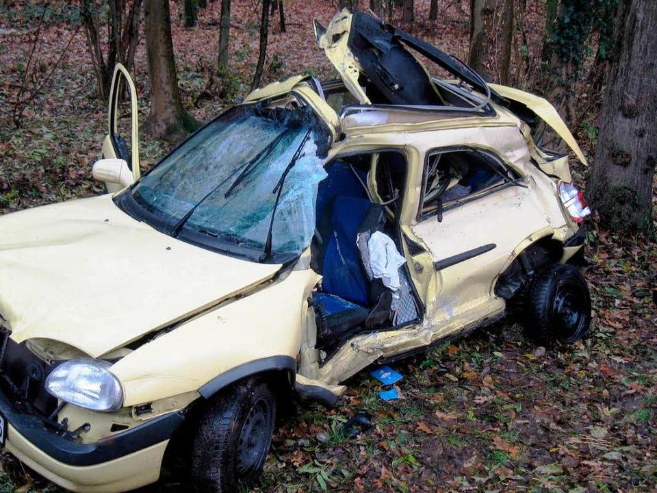 Das verunglückte Auto der 28-Jährigen.    Foto: Polizei