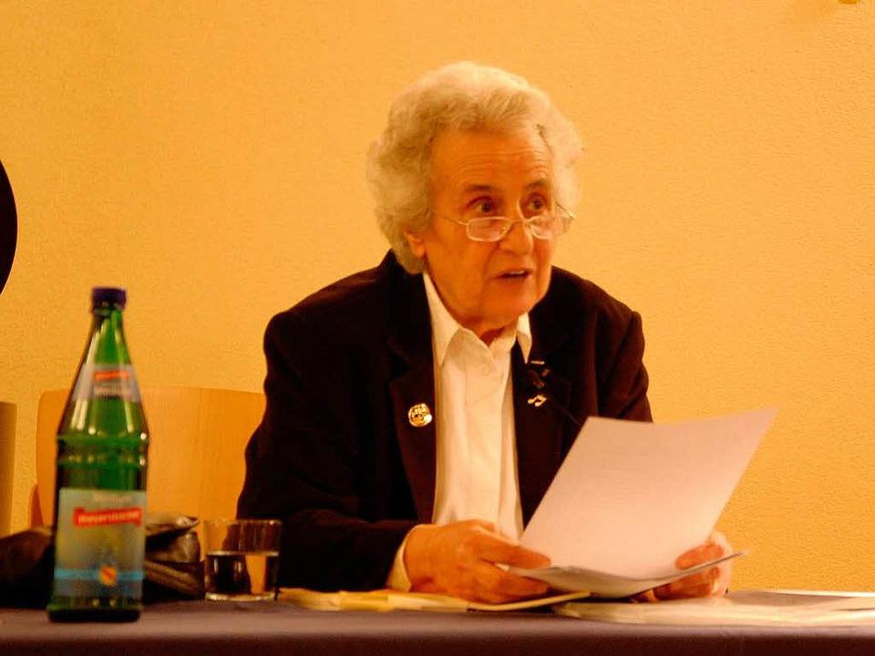 Anita Lasker-Wallfisch las in der Brei...r Spitalkriche aus ihren Erinnerungen.    Foto: Kai Kricheldorff