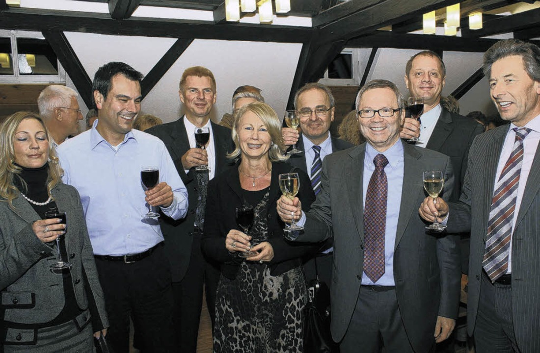 Der alte und neue Bürgermeister Jürgen...au so wie Landrat Karl Heim (rechts)    | Foto: Krickl
