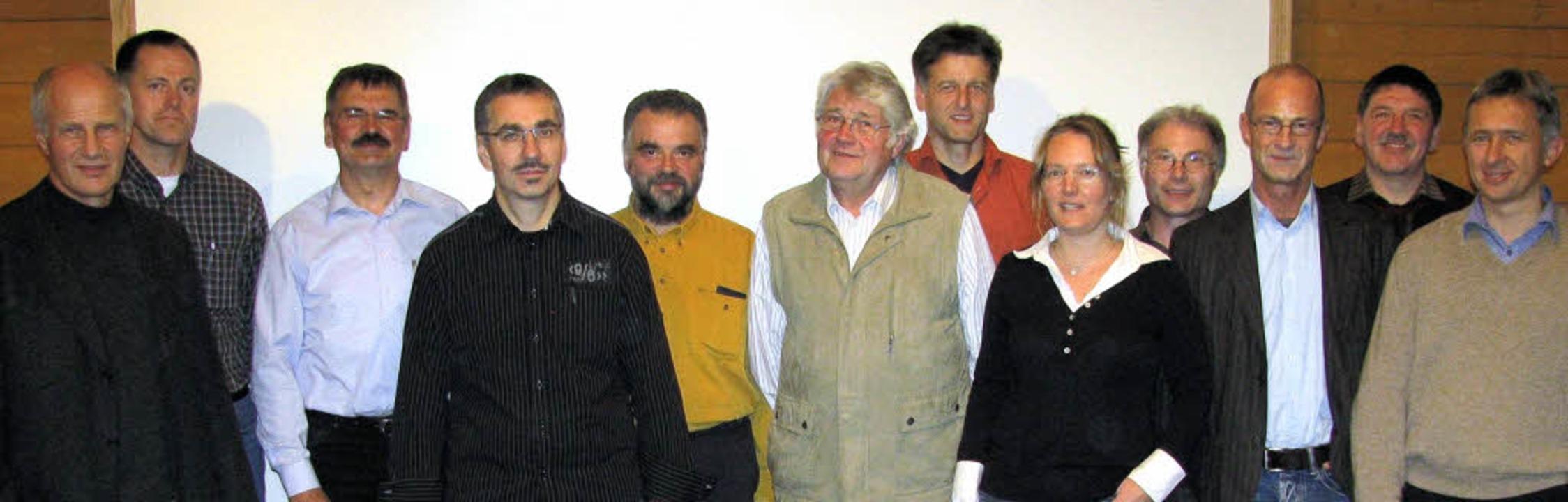 Aufsichtsrat und Vorstand der neuen Ge...ppen, Jürgen Roesch und Claus Burger.   | Foto: Hubert Dietrich