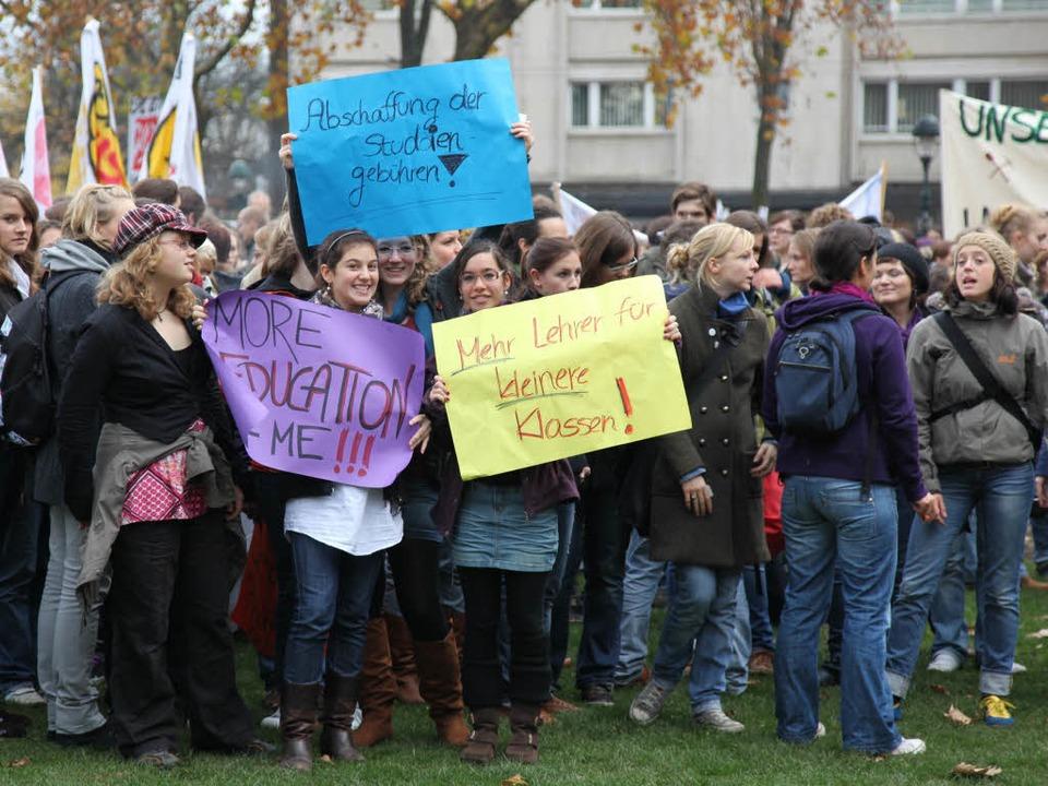 Großdemonstration an der Uni Freiburg.  | Foto: Dominic Rock