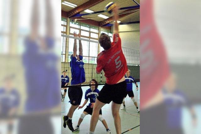 TV Neustadt führt die Tabelle in der Bezirksliga an