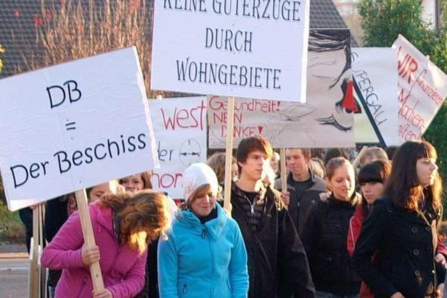 Proteste bei Erörterung zum Thema Bahn