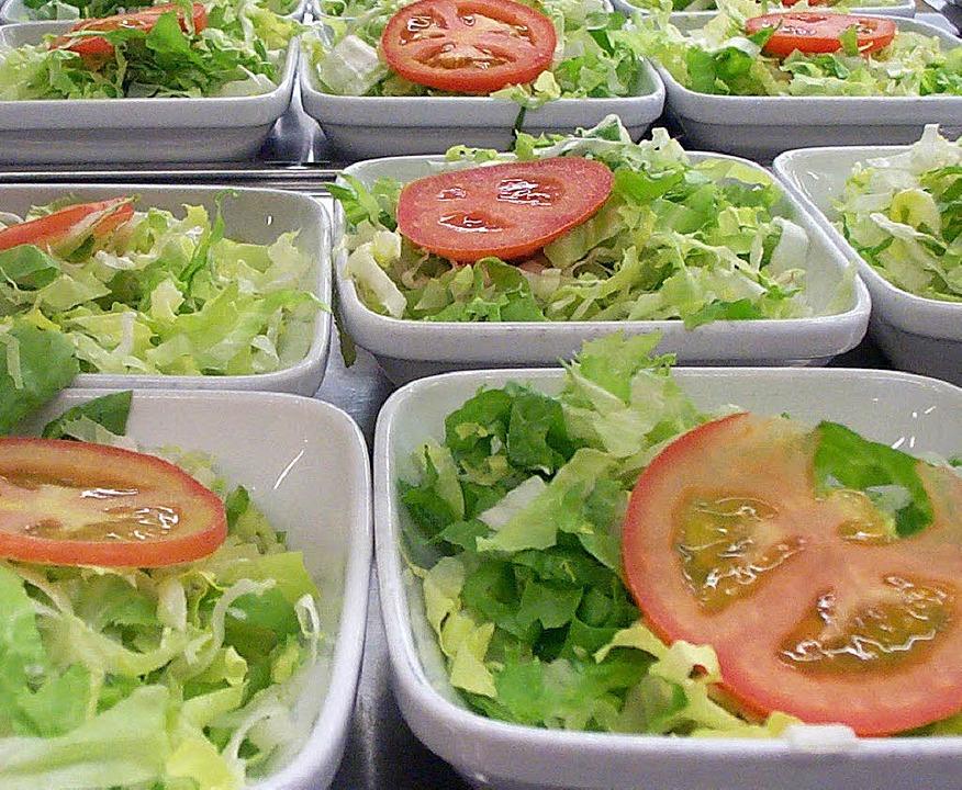 Salat mit Tomate – und System  | Foto: Katharina Fraunhofer