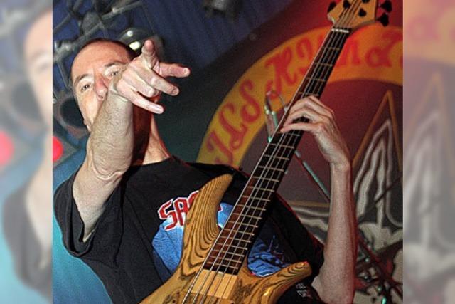 400 Fans gaben sich Blues, Rock und Coverversionen