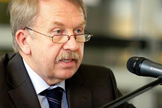 Minister verteidigt CDU-Pläne zu Eltern-Strafen