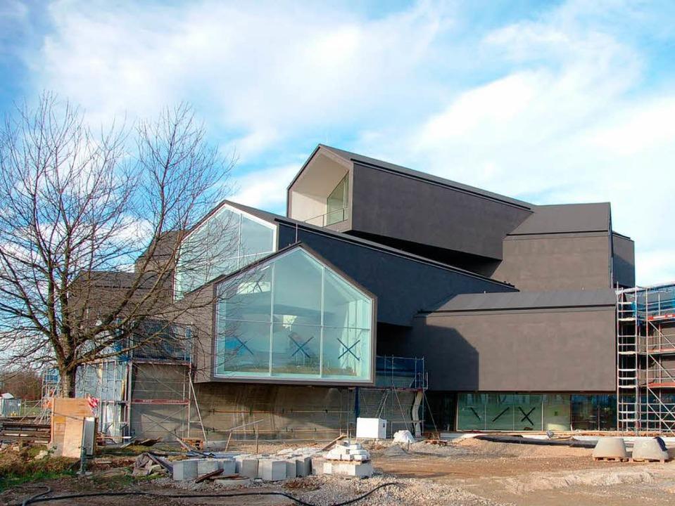 Offenbar nicht jedem gefällt die schwa...teil  des architektonischen Konzepts.   | Foto: jochen fillisch