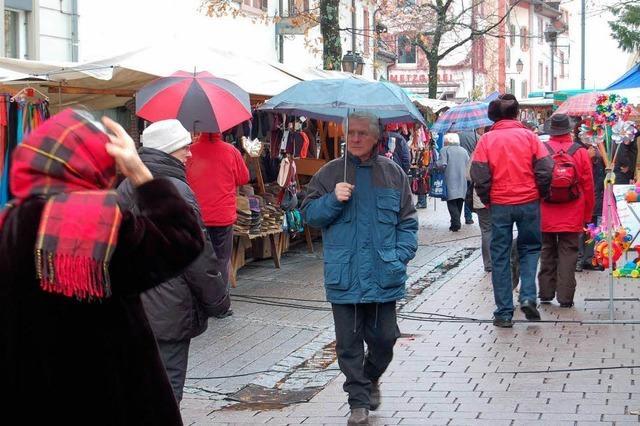 Kalter Markt zeigt nasskalte Schulter
