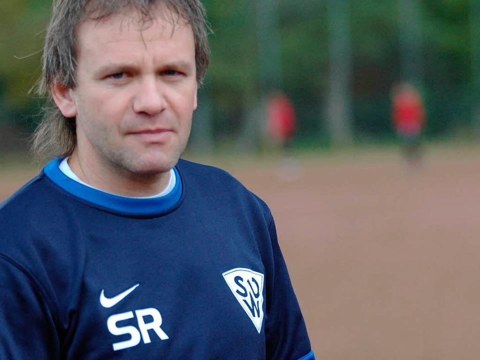 SR steht nicht für Schiedsrichter, sondern für Slavko Rogan.   | Foto: Peter Gerigk