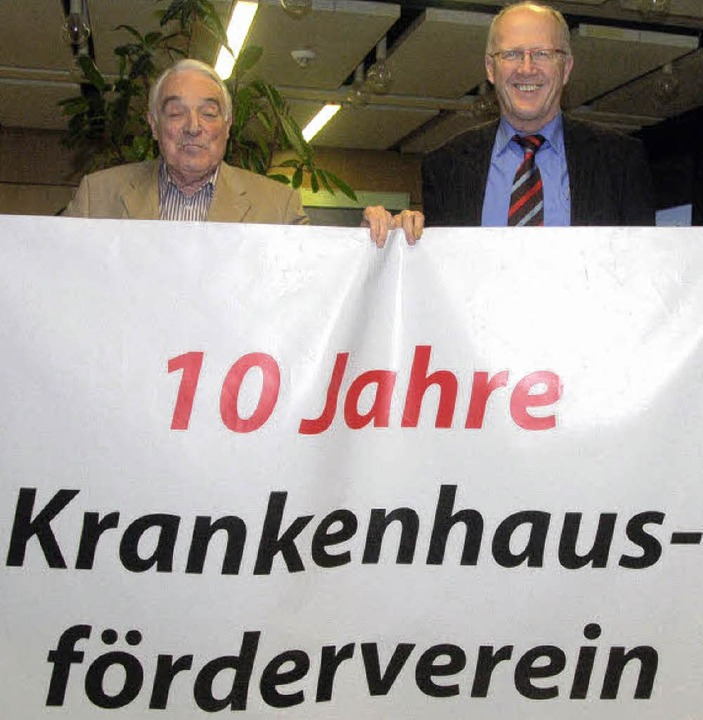 Dr. Rolf Boos und Rolf Karrer  haben Grund zur Freude.    | Foto: Böhm-Jacob