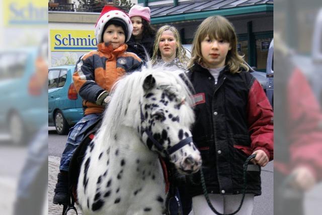 Marktstraße in herrlich weihnachtlichem Flair