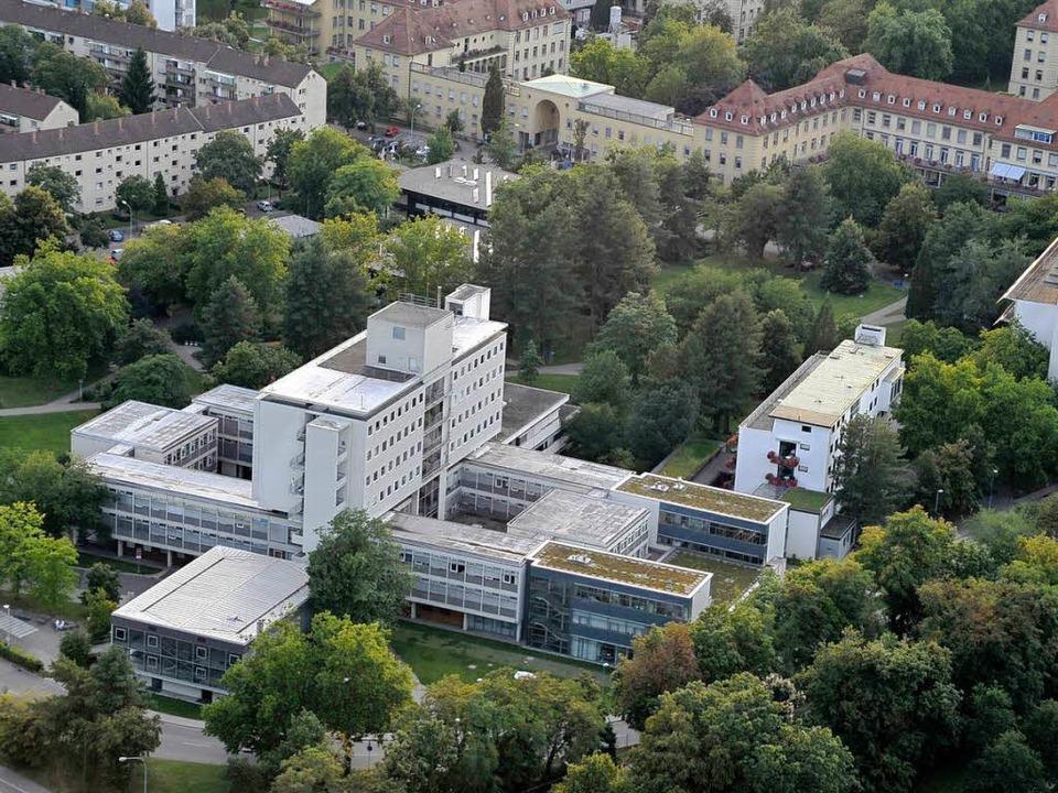 Die Freiburger Universitätsklinik.  | Foto: Thomas Kunz