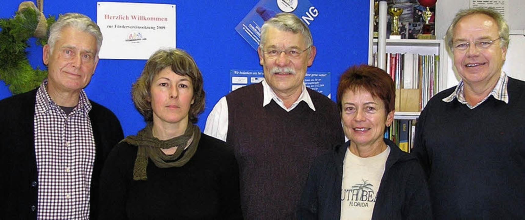 Vorstand der Freunde der Gutenbergschu...der, Hana Haakshorst,  Ernst Heidinger  | Foto: beck