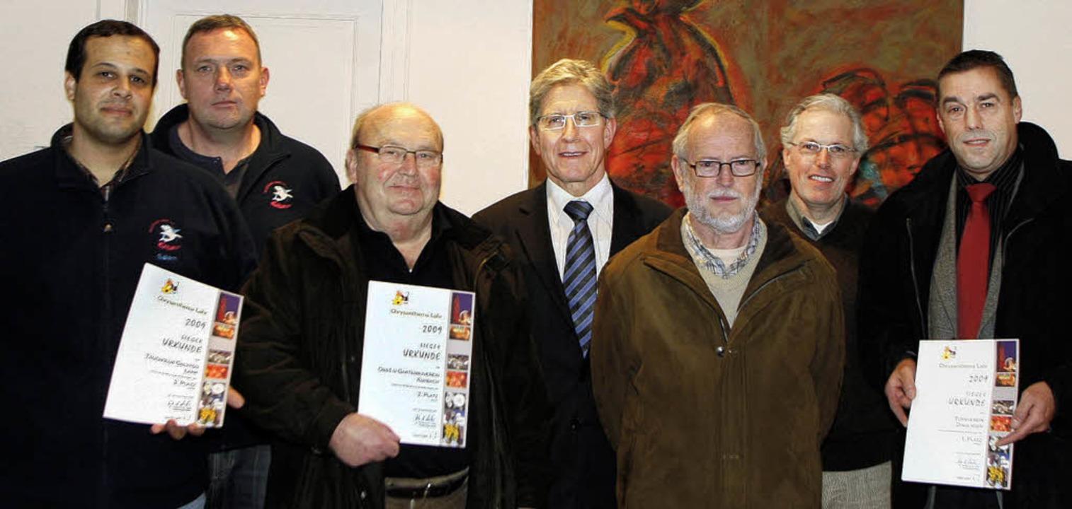 Freude über den Gewinn (von links):  S...Richard Sottru, und Dietrich Kleinert     Foto: Heidi Fössel