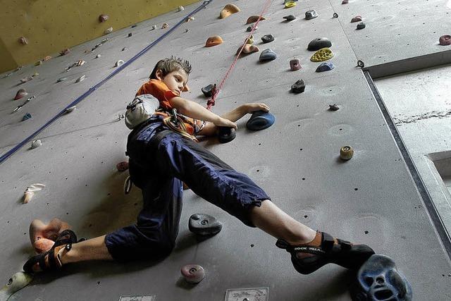 Indoor-Klettern bis auf 15 Meter Höhe