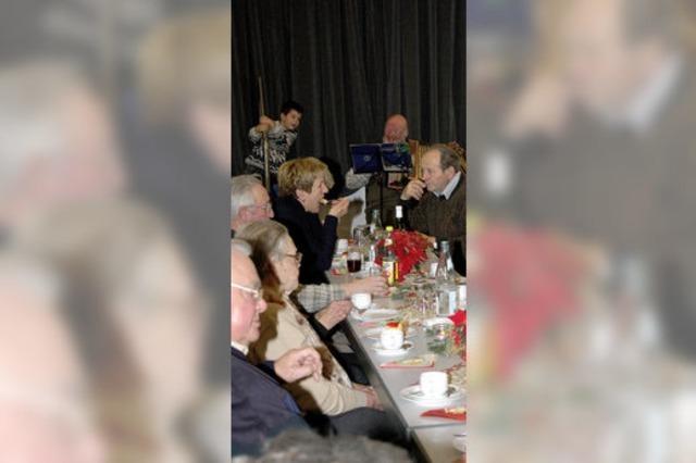 Senioren feiern gemeinsam