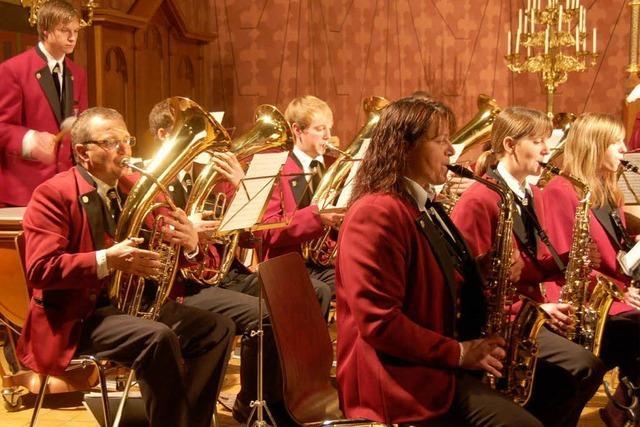 Musiker verbreiten Feststimmung