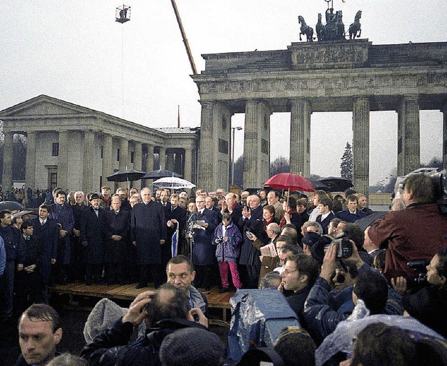 Die Feier am Brandenburger Tor   | Foto: dpa
