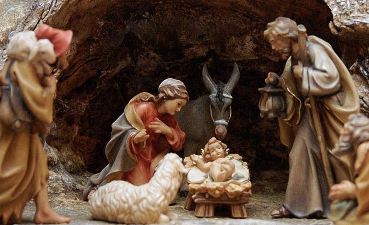 Auch viele Menschen aus Offenburg und ... mit dem Jesuskind Geburtstag feiern.   | Foto: bz